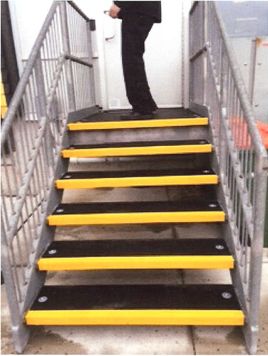 GRIT COATED STEP COVERS AND WALKWAYS